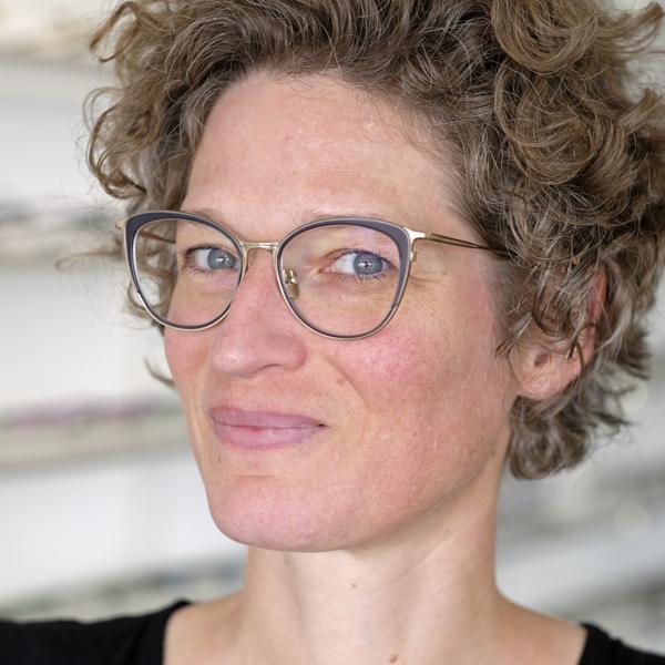 Zeitlose Brillen Basel Online Bestellen Bei Optik Atelier Kaser