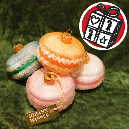 Gift ideas, Gift tipps, Gifts basel, Basel, macaron-glass-ornaments, macarons, johann wanner, swis souvenirs